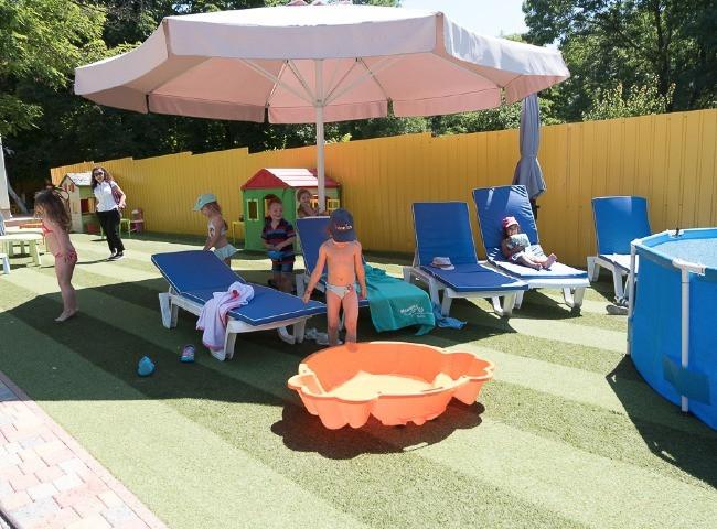Детский бассейн в Академия Детства